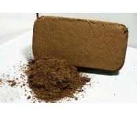 Грунт кокосовый Субстракт (брикет) для террариумов М 600г